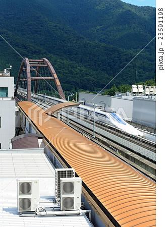 磁気浮上式鉄道の写真素材 - PIX...