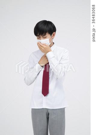 マスク 男子 中学生 学生服の写真素材 Pixta